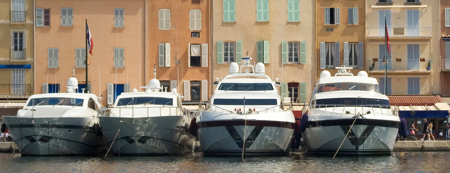 Luxry yachts for charter