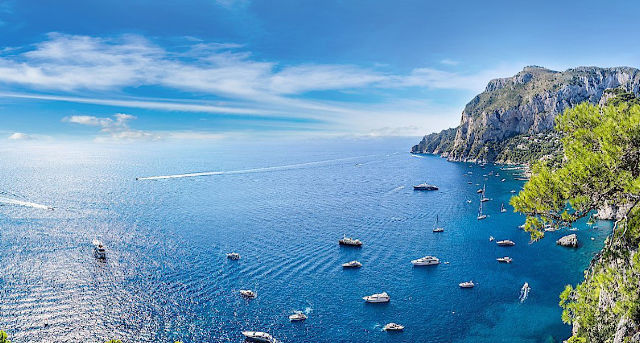 Amalfi Coast with yachts underway