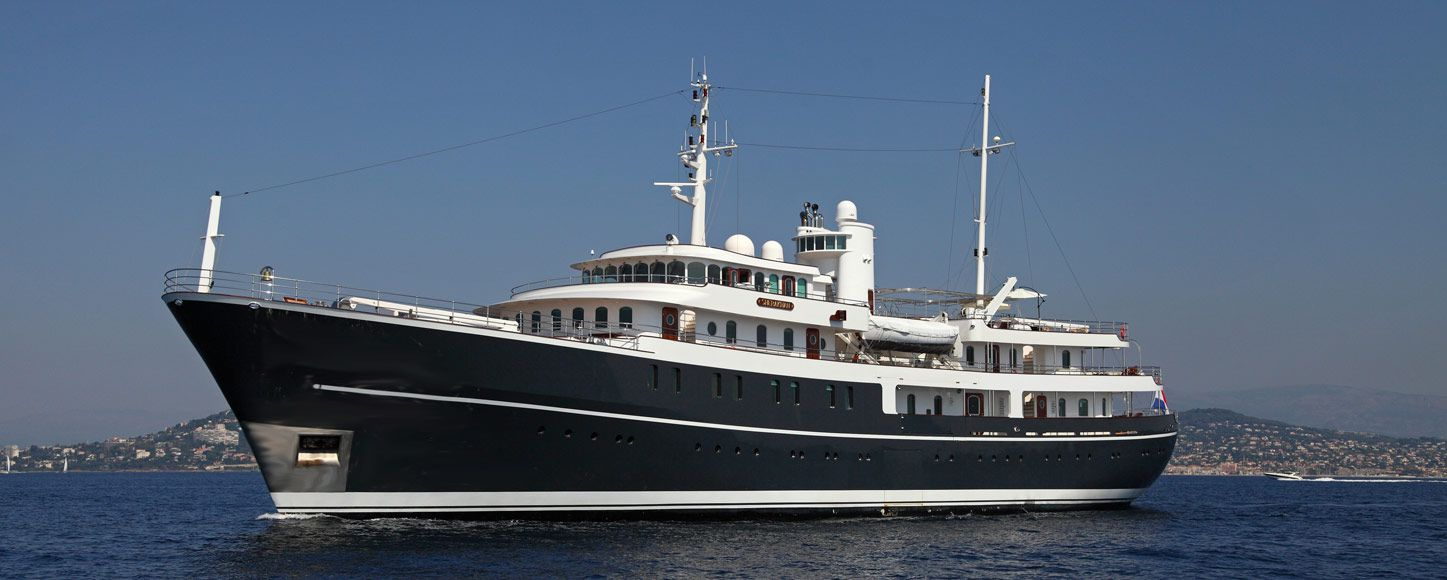 Expedition yacht Sherakhan