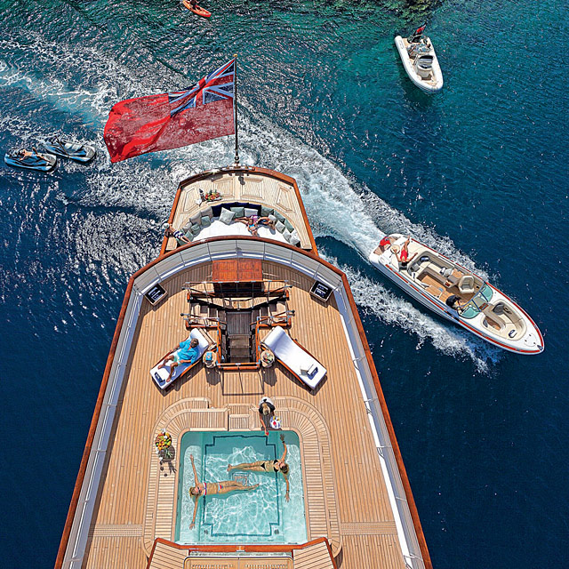 Classic Motor Yachts