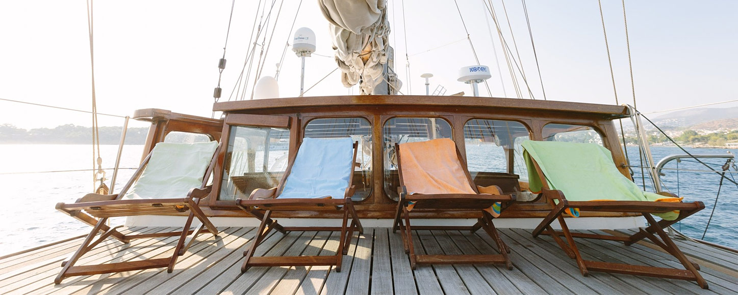 Classic yacht Sir Winston Churchill chairs on deck