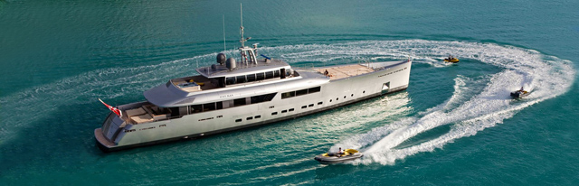 Expedition Yacht Exuma with tenders