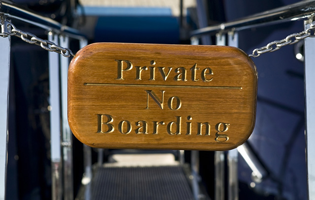 Privacy Yacht Charter sign