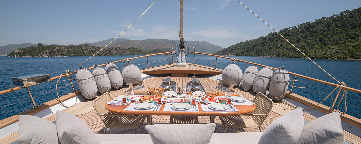 Luxury Gulet yacht Silver Moon deck