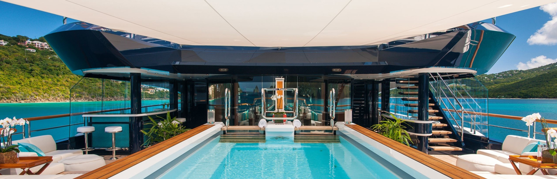 Solandge motor yacht on deck swimming pool