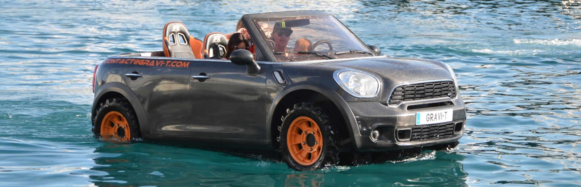 Amphibous Car on the water